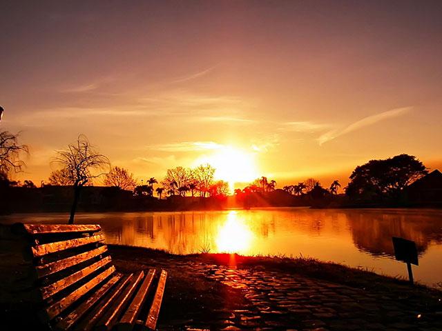 چگونه غروب خورشید را در فتوشاپ تقویت کنیم