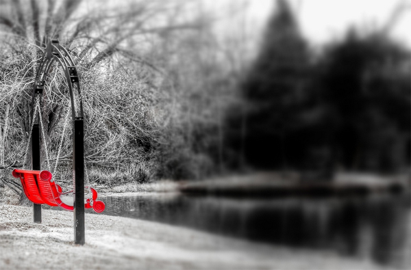 ایجاد عکس های سیاه و سفید با قسمت های رنگی در فتوشاپ